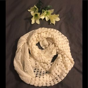 Accessories - Ivory crocheted infinity scarf